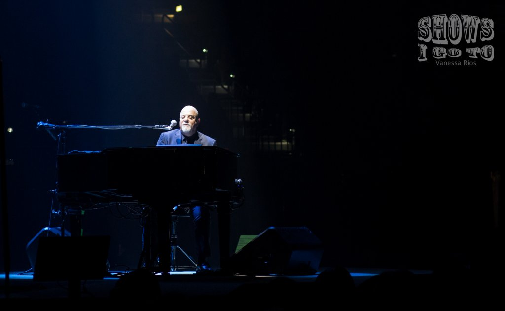 Billy Joel Live Review & Concert Photos | Amalie Arena ...
