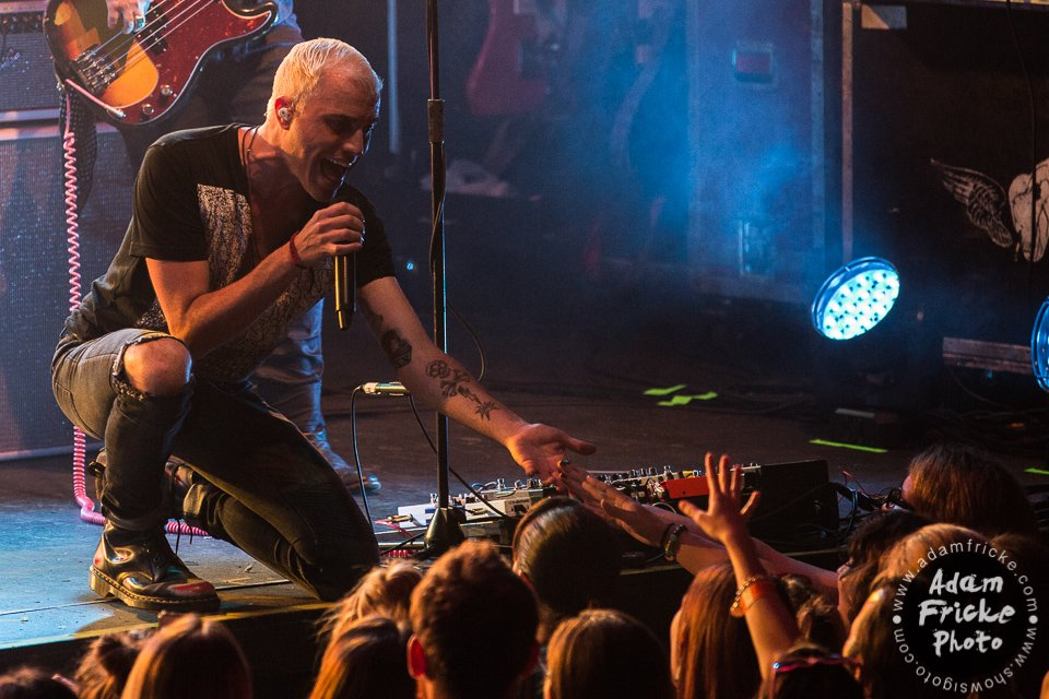 Neon Trees Live Review & Concert Photos