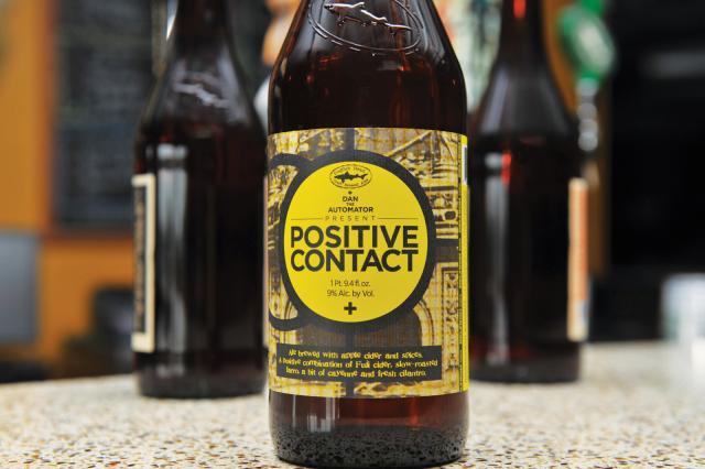 positive contact bottle