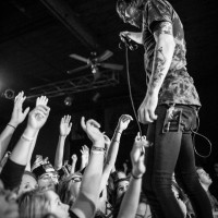 myka relocate live concert photo