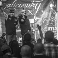 moonshine bandits live photo