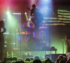 Switch foot & Relient K Live Review & Concert Photos | Looking For America | The Myth - Minneapolis, MN | September 23, 2016