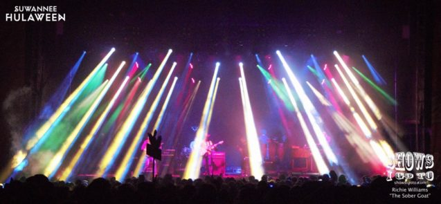 Suwannee Hulaween 2017 Live Review Umphreys McGee