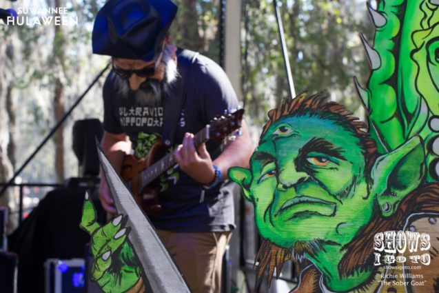 Earphorik at Suwannee Hulaween 2017 - Photo by Richie Williams (The Sober Goat)