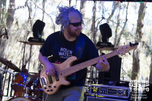 Earphorik at Suwannee Hulaween 2017 - Photo by Richie Williams (The Sober Goat)