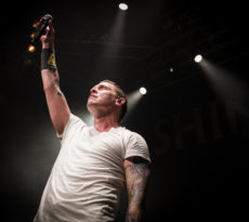Shinedown Live Review & Photos 3