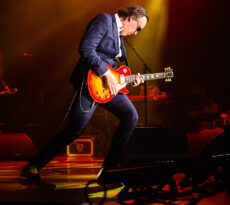 Joe Bonamassa ⭐ July22, 2019 ⭐ The Ryman Auditorium — Nashville, TN ⭐ Photos by Adam Fricke — instagram.com/adamfrickephoto